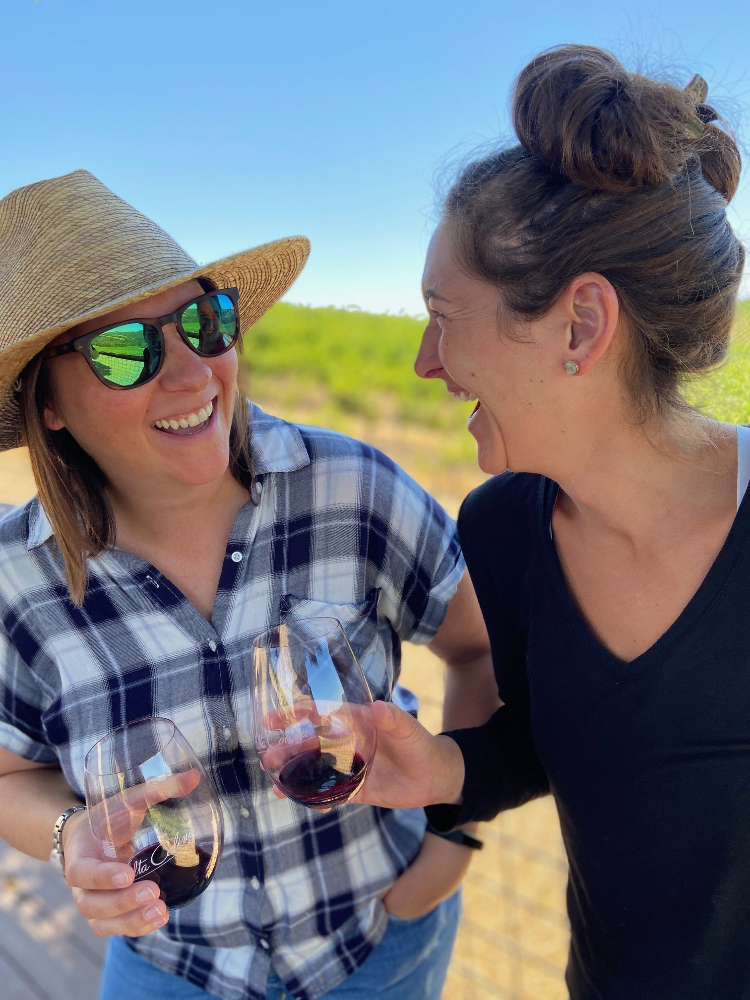Good friends wine tasting in Paso Robles
