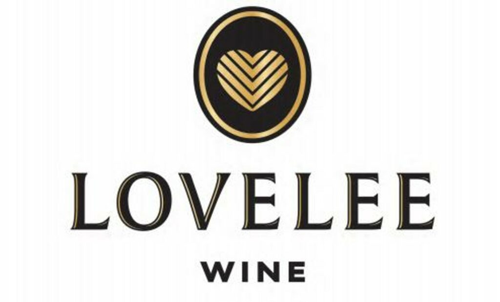 LoveLee Wine Logo